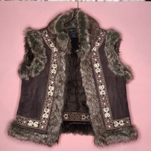 Faux shearling vest ♥️